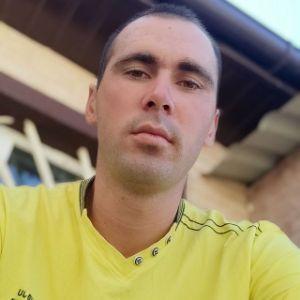 Player REzV0 avatar