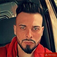 Player cRYSTL_ avatar